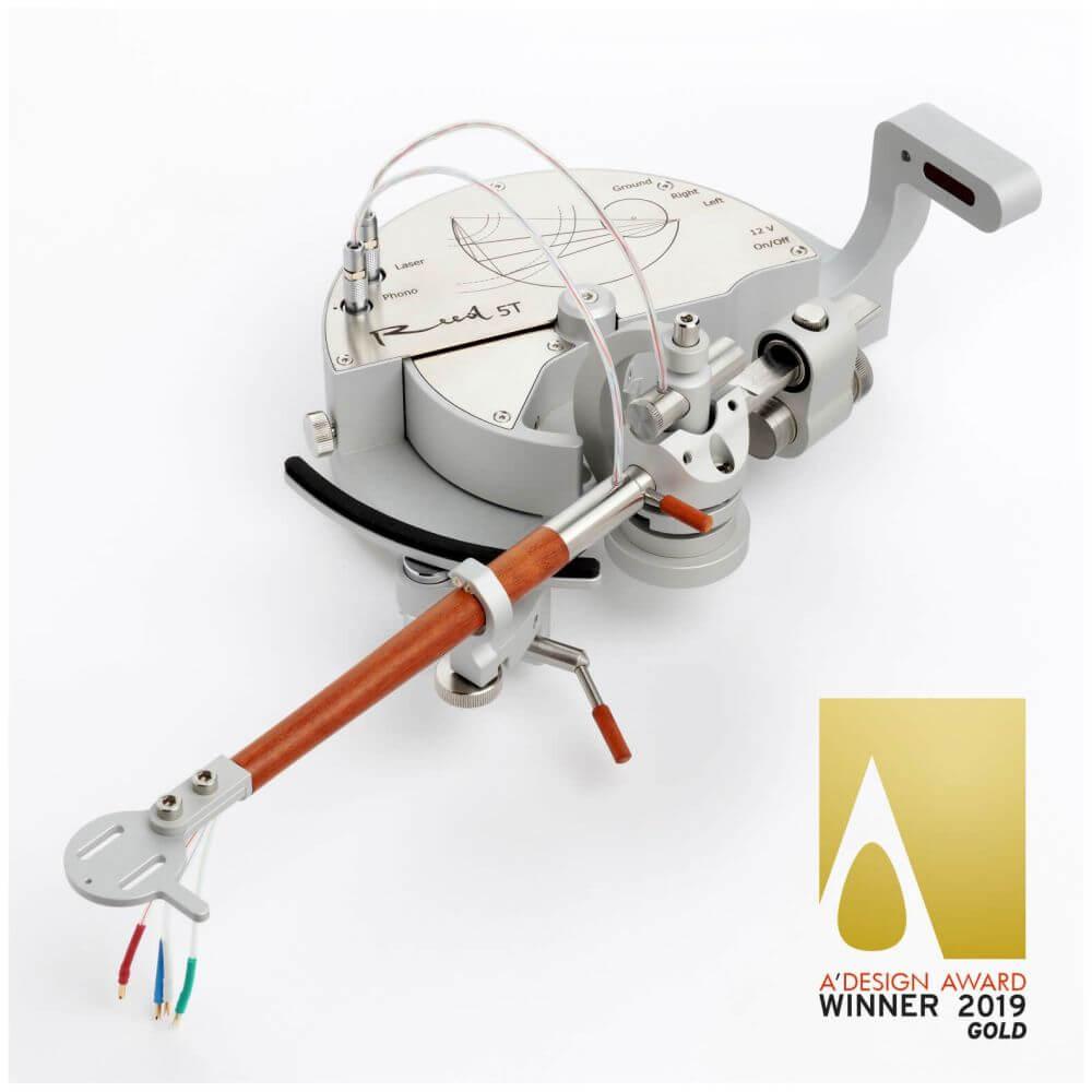 A' Design award gold winner Reed 5T